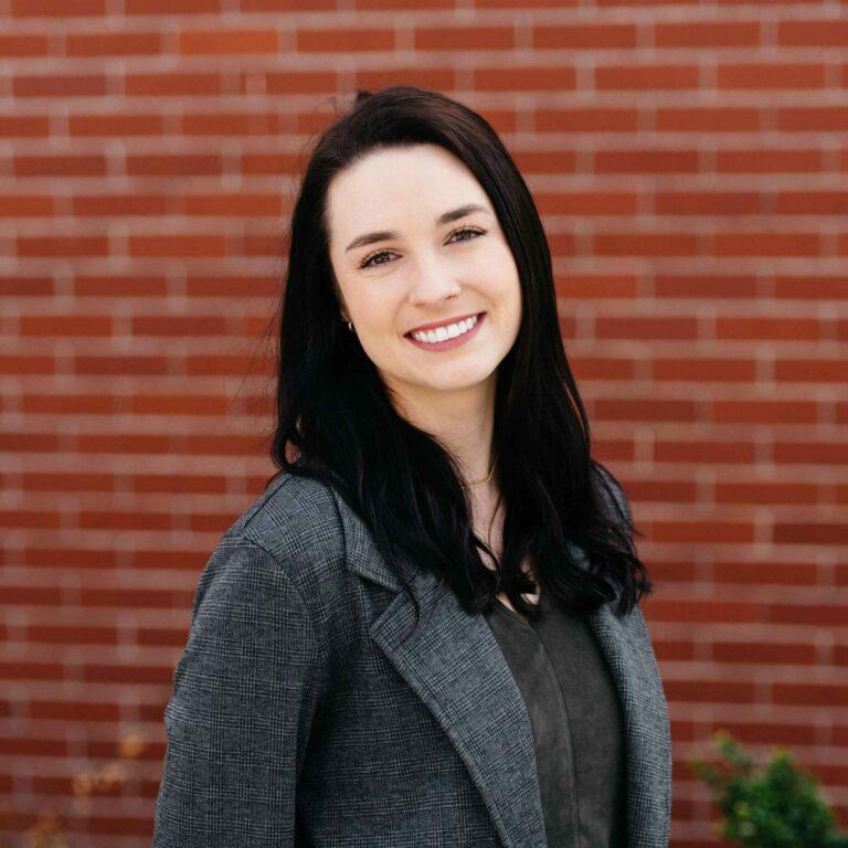 Alissa Hayes: English, ESL, Humanites & World Languages Tutor at Emergent Education Portland